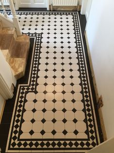 New Bath Room Floor Victorian Bedrooms 37 Ideas Victorian Tiles, Victorian Bedroom, Victorian Flooring, Edwardian Hallway, Victorian Conservatory, Victorian Bath, Victorian Kitchen, Hall Flooring, Kitchen Flooring