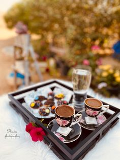 Coffee Photography, Chocolate Fondue, Beautiful Pictures, Desserts, Food, Tailgate Desserts, Deserts, Pretty Pictures, Essen