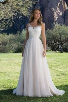 The Sweetheart Wedding Dress Collection carried at London Bride. Sweetheart have… – Wedding dress fashion Sweet Wedding Dresses, Bridal Dresses, Wedding Gowns, Bridesmaid Dresses, Wedding Skirt, Light Wedding Dresses, Empire Wedding Dresses, Cinderella Wedding Dresses, Aline Wedding Dress Lace