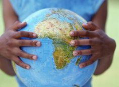 Le Monde Est Entre Nos Mains