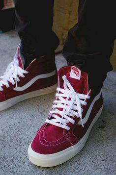 Vans Reissue - Tibetan Red/Marshmallow On Feet view Vans High, High Top Sneakers, Shoes Sneakers, Roshe Shoes, Nike Roshe, Skate Shoes, Nike Shoes, Mens Vans Shoes, Estilo Vans
