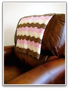 Pink and Brown Soft Waves Ripple