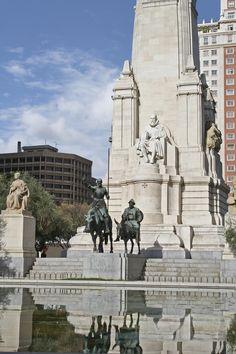 Foto Fuente de la Plaza de España de Madrid en Madrid
