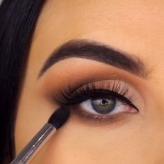 makeup 2019 in pakistan makeup will not stay on makeup hd makeup without eyeshadow and makeup remover makeup and hairstyle eye makeup is important makeup looks for green eyes Simple Makeup Looks, Makeup Eye Looks, Eye Makeup Steps, Makeup For Brown Eyes, Eyebrow Makeup, Makeup Eyeshadow, Skin Makeup, Brown Eyes Eyeshadow, Make Up Brown Eyes