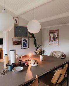 Indian Home Interior Quirky Home Decor, Cheap Home Decor, Indian Home Interior, Interior Architecture, Interior Design, Minimal Home, White Decor, Home Decor Accessories, Home And Living