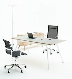 Ergoform | Luno Desking Range