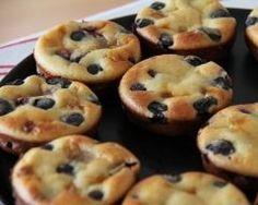 Mini clafoutis aux olives et à la ricotta - Best Pins Live Ricotta, Eat Me Drink Me, 20 Min, Original Recipe, Finger Foods, Olives, Sushi, Brunch, Appetizers