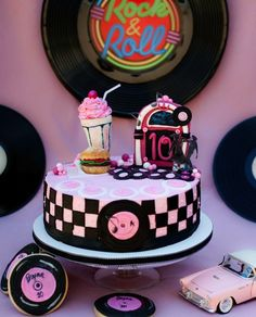 #cake #design #love #beautiful #sweet #cool #delicious #rocknroll #music #fifties #vintage