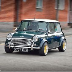 Roll on Mini! Owner: Image by Love it Share it Like it Thanks. Mini Cooper S, Rover Mini Cooper, Mini Cooper Classic, Classic Mini, Minis, Best Small Cars, Mini Countryman, Modified Cars, Old Skool