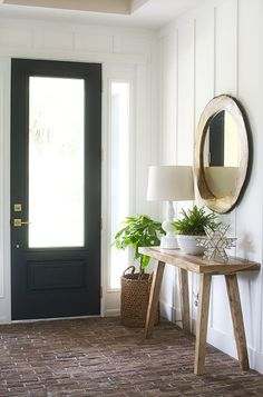 Modern farmhouse foy