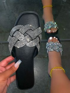 Cute Sandals, Black Sandals, Peep Toe, Baskets, Hype Shoes, Womens Slippers, Ugg Slippers, Fashion Sandals, Me Too Shoes