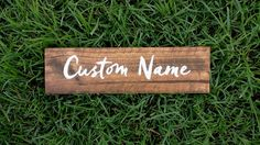 Custom Name Sign, Pallet Name Wood Sign, Rustic Name Sign, Distressed Personalized Name Sign, Personalized Gift Wood Name Sign, Wood Names, Name Signs, Wood Signs, Custom Wooden Signs, Wood Colors, Wedding Signs, Wedding Events, Hand Lettering