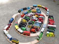 5ピース/ロット送料無料きかんしゃトーマス子供赤ちゃん教育小さな電車木製玩具72モデル缶選択または混合