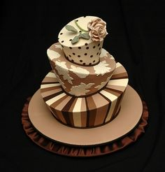 Love the Brown - topsy turvy cake