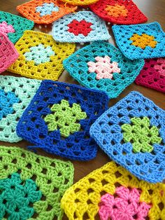 Crochet Edging Granny Square Colour New Ideas Crochet Blocks, Granny Square Crochet Pattern, Crochet Squares, Crochet Blanket Patterns, Crochet Motif, Crochet Stitches, Knitting Patterns, Granny Squares, Granny Square Blanket