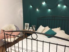 Green bedroom zielona sypialnia green zielona ściana