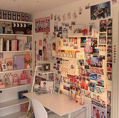 Dream Rooms, Dream Bedroom, Army Room Decor, Living Room Shelves, Aesthetic Room Decor, Room Tour, Bedroom Inspo, My New Room, Room Organization