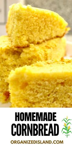Nothing says BBQ like a Homemade Cornbread! This perfect BBQ side dish is great with all types of barbecue and chili and is so easy to make! Biscuit Dough Recipes, Pastry Recipes, Cooking Recipes, Bread Recipes, Easy Cornbread Recipe, Homemade Cornbread, Holiday Recipes, Summer Recipes, Dinner Recipes