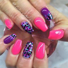 """Neonz Pink & Purple"" with ""Pitch Perfect""  #nails#kelowna#gelnails#sculptedgel#lesliesgelnails#naildesign#pretty#cute#nailart#kelownagelnails#sculptedgelnails#nailsoftheday#kelownanailtech#pink#pinknails#purple#purplenails#ballerina#ballerinanails#coffinnails#glitter#glitterheavenaustralia#encapsulatedglitter#dryglitter#glitternails#nailsofinstagram#neon#neonnails#neonpink#neonpurple"