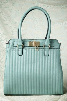 1f8510491c La Parisienne - 50s I Don t Mint A Beautiful New Bag  mytopvintagewardrobe