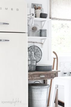 cream smeg, distressed wood, and rustic tin Kitchen Dining, Kitchen Decor, Kitchen White, Kitchen Storage, Smeg Kitchen, Minimal Kitchen, Decorating Kitchen, Kitchen Designs, Diy Kitchen