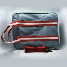 Travel Luggage Duffle Bag Lightweight Portable Handbag Blue Mushroom Pattern Large Capacity Waterproof Foldable Storage Tote