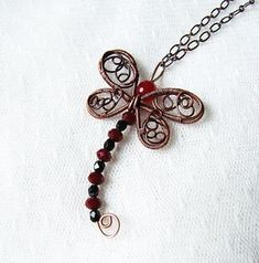 Dragonfly pendant tutorial - wire wrapped pendant dragonfly tutorial - by kica bijoux -jewelry tutorial 12 - Beaded dragonfly - Jewelry Beaded Dragonfly, Dragonfly Jewelry, Dragonfly Pendant, Insect Jewelry, Wire Pendant, Wire Wrapped Pendant, Wire Wrapped Jewelry, Wire Jewelry, Jewelry Crafts