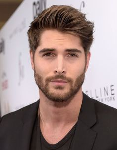 34 ultimate guide to different beard styles men 8 Nick Bateman, Different Beard Styles, Beard Styles For Men, Hair And Beard Styles, Most Beautiful Faces, Gorgeous Men, Professional Beard Styles, Modern Pompadour, Hipster Man