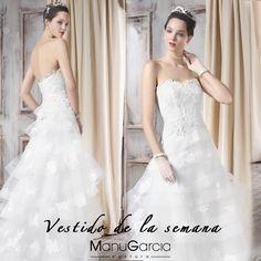 #Vestidodelasemana #ManuGarcia #novias #ilusión #boda