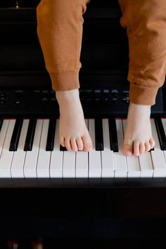 Piano Player, Music Instruments, Musical Instruments