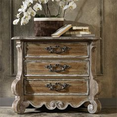 Merveilleux Hooker Furniture Chatelet 3 Drawer Nightstand In Caramel Froth