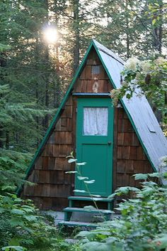 Mini A-frame's at Jo's Cabin by Jasen Robillard, via Flickr