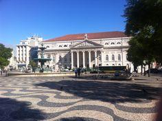 Portugal, Mansions, House Styles, Home Decor, Portuguese, Lisbon, Getting To Know, Joie De Vivre, Decoration Home