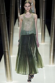 armani-prive-couture-spring2015-runway-27