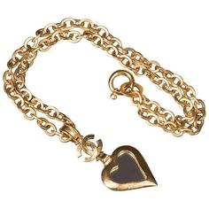 Preowned Chanel 'mirrored Heart' Gold Pendant Necklace ($1,799) ❤ liked on Polyvore featuring jewelry, necklaces, gold, pendant necklaces, gold pendant necklace, chain necklace, gold chain necklace, pendant necklace and yellow gold necklace