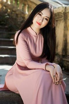 Viet trinh photo by chau nguyen jr Beautiful Girl Image, Beautiful Asian Women, Myanmar Women, Vietnam Girl, Vietnamese Dress, Mode Hijab, Ao Dai, Sexy Asian Girls, Traditional Dresses