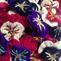 Love these ❤️ #pansy #pansies #velvet #flowerqueen #lof #languageofflowers