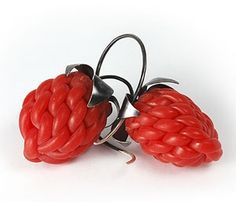 David Bielander Earrings: Raspberries, 2006 Plastic tube, silver. 4 x 2 cm