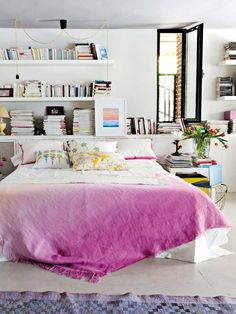 I like the dip-dyed look to brighten up bedding in one of the rooms. Would be nice in blue to invoke the lake and easy to DIY