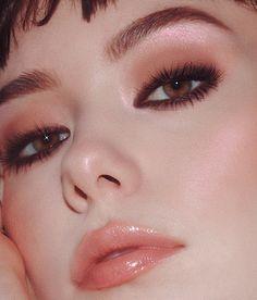 smokey nineties liner inspo, using Kat Von D Beauty cake liner in mad max brown. rich and long lasting, just […] Edgy Makeup, Makeup Goals, Makeup Art, Hair Makeup, 1990s Makeup, Grunge Makeup, Eyeliner Makeup, Pencil Eyeliner, Makeup Lipstick