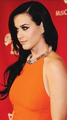 #brunette #beauty Katy Perry