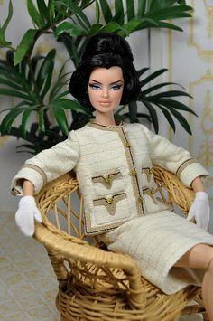 Jackie O Barbie - Ivory Suit Play Barbie, Barbie I, Vintage Barbie Dolls, Barbie World, Barbie And Ken, Barbie Clothes, Barbie Outfits, Fashion Royalty Dolls, Fashion Dolls
