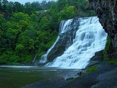 cascade chute d'eau nature