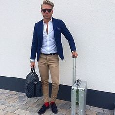 46 Stylish Formal Men Work Outfit Ideas To Change Your Style Some people are not very sure about what is the best way to dress for work. Smart Casual, Men Casual, Casual Fall, Mode Masculine, Mens Boots Fashion, Fashion Outfits, Fashion Men, Fashion Guide, Street Fashion