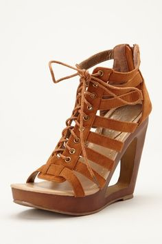 Charles Albert Lace-Up Wedge
