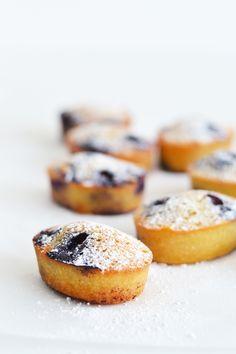 Individual Desserts, Mini Desserts, Delicious Desserts, Dessert Recipes, Scone Recipes, Healthy Desserts, Sandwich Bar, Tea Cakes, Mini Cakes