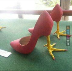 High Heel Chicken Feet - Funny Duck - Funny Duck meme - - High Heel Chicken Feet Shoes - we want these for the National Chicken Wing Festival in Buffalo NY! The post High Heel Chicken Feet appeared first on Gag Dad. Fashion Fail, Fashion Shoes, Funny Fashion, Fashion Today, Chicken Shoes, Chicken Legs, Half Chicken, Chicken Suit, Funny Shoes