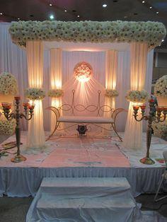 Wow wedding poruwa kandian flora creative bridal bouquets poruwawedding stage wedding planner 2015 srilanka wedding deco ideaswedding decorwedding junglespirit Images
