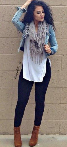 summer outfits Denim Jacket + White Tank + Black Skinny Jeans + Brown Booties