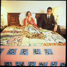Tracey Emin and Jay Jopling at New York's Gramercy International Art Fair in 1994 with her blanket Hotel International, 1993 by Tracey Emin © Tracey Emin. All rights reserved, DACS/Artimage 2019 Tracey Emin Art, English Artists, British Artists, Textiles, Mystique, A Level Art, Gcse Art, Textile Artists, Art Fair